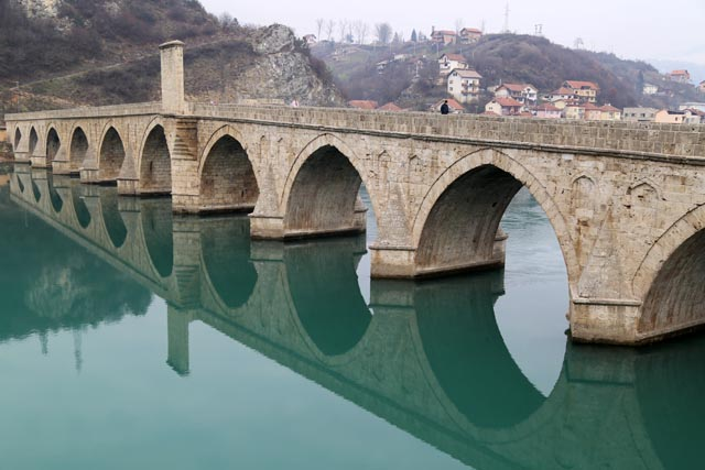 ソコルルメフメトパシャ橋(Mehmed Pasa Sokolovic Bridge in Visegrad)